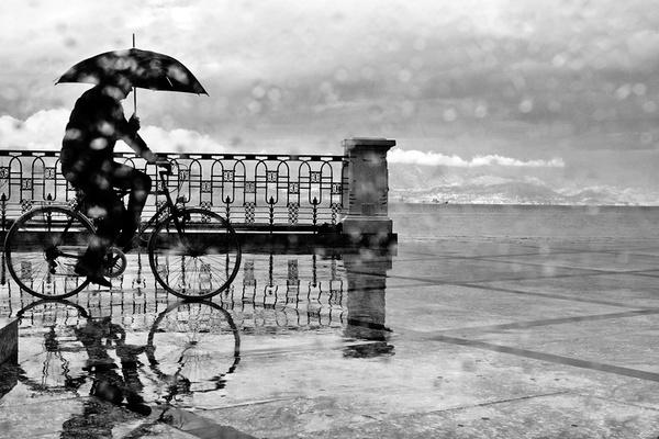 Bike and Rain by enzo_penna