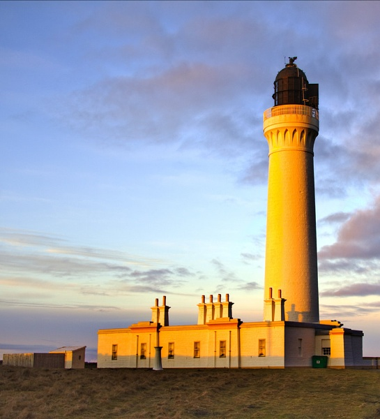 LOSSIEMOUTH - COVESEA LIGHTHOUSE AT SUNSET by JASPERIMAGE