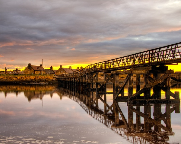 LOSSIEMOUTH - BEACH BRIDGE SUNSET by JASPERIMAGE