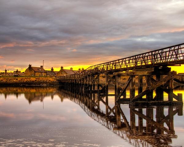 LOSSIEMOUTH - BEACH BRIDGE SUNSET by JASPERIMAGE