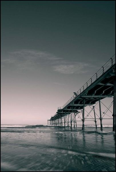 Saltburn Pier by cocky936