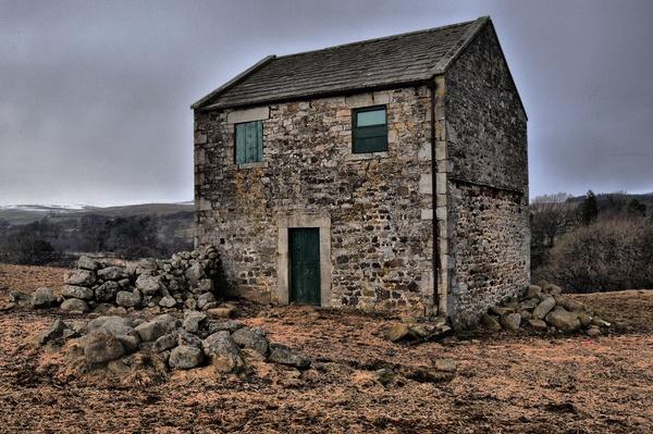 Old Farm House by sally_gorse