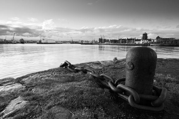 Aberdeen Harbour 2 by Biz79
