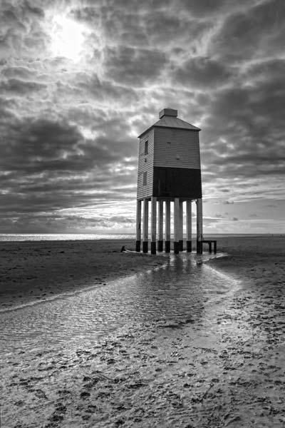 Burnham-on-Sea Lighthouse by SashaB