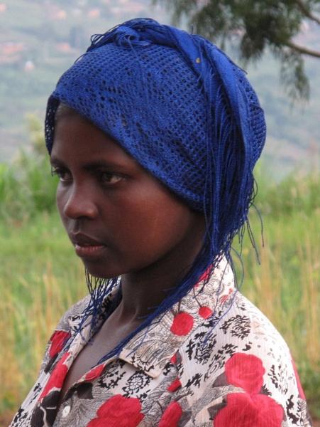 Rwandan girl by tomme