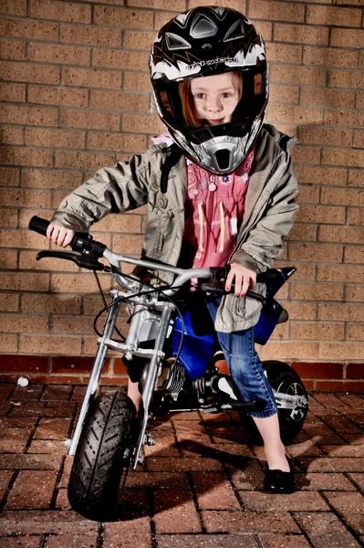 Little Moto star by Stevehales