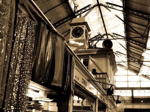 Cardiff Market by ASM9633