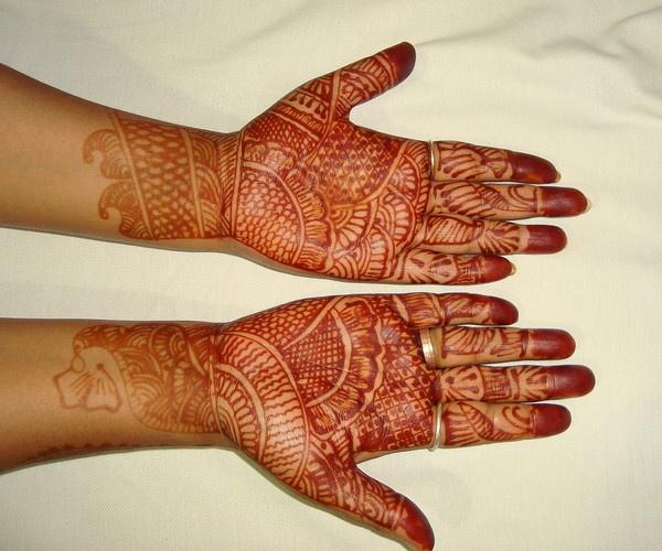 Art of Heena in hand by nancy_borah