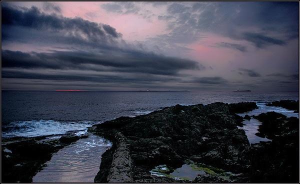 Farnes Sunrise by TelStar