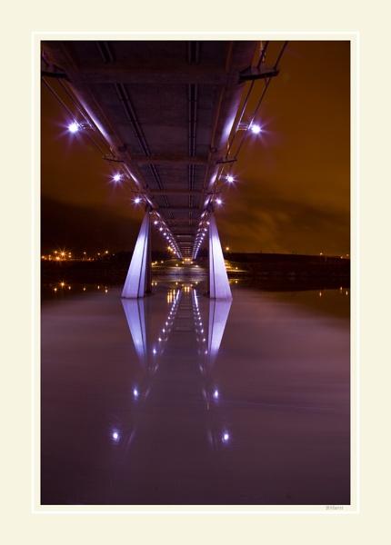 Infinity Bridge by peugeot406