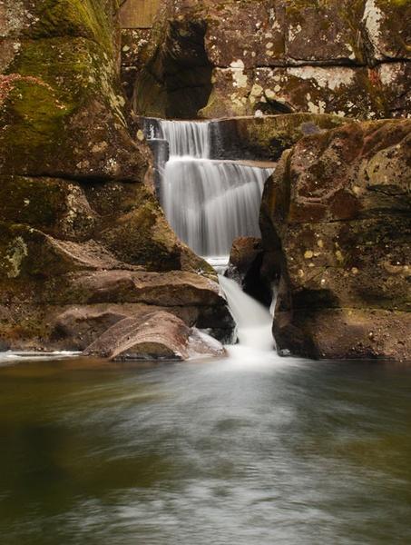 Bracklin Falls by sandyd