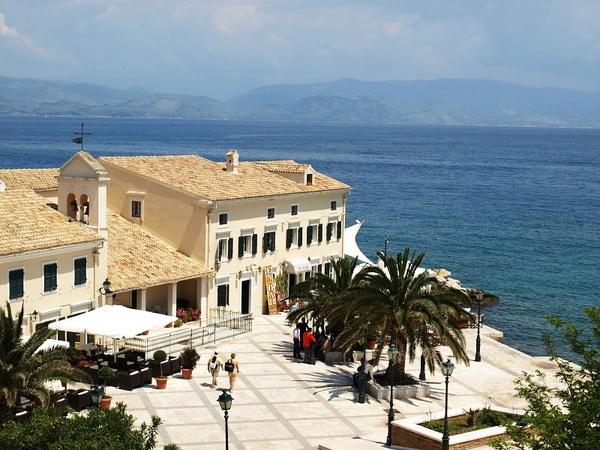 Taverna, Corfu Town by JezzaG