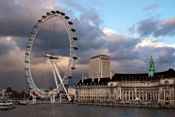 London Eye by kenbishop