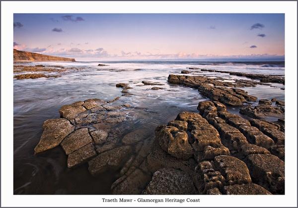 Rock formations at Traeth Mawr by Tynnwrlluniau