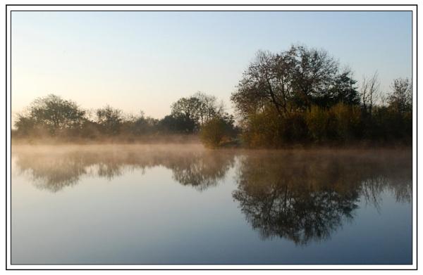 early morning mist by jasonrwl