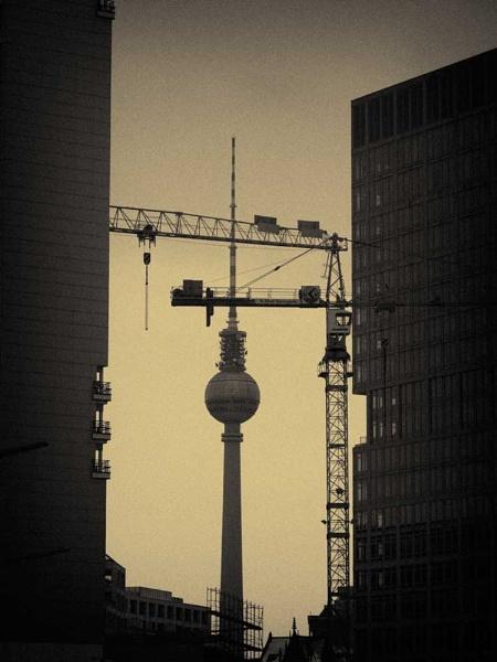 Under Construction by tttfoto