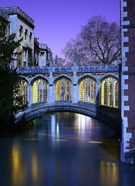 Bridge of Sighs at Night by JamesAppleton