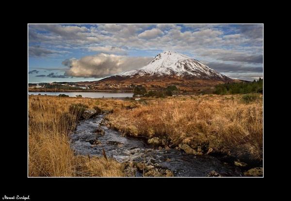 Mount Errigal by bombolini