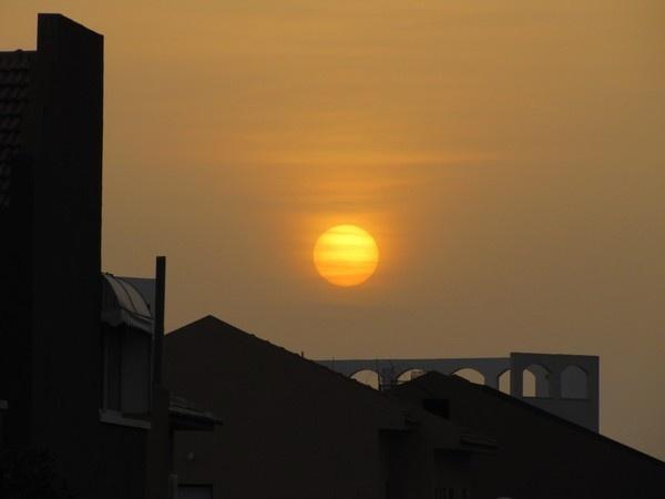 SUNSET 2 by queengu21