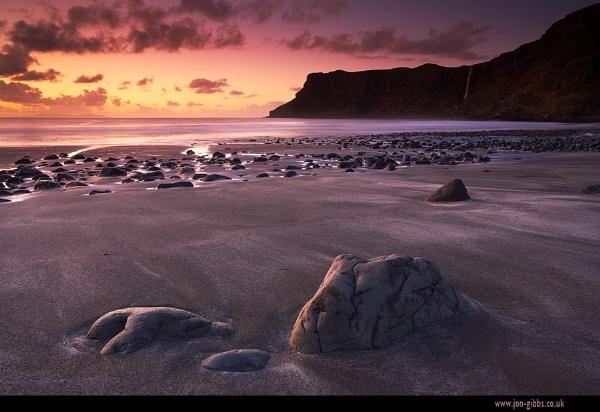 Talisker Bay by jon gibbs