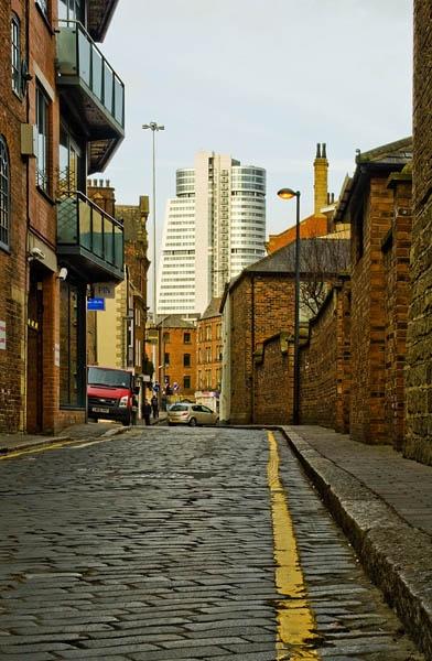 Leeds Dalek Building by Retnyap