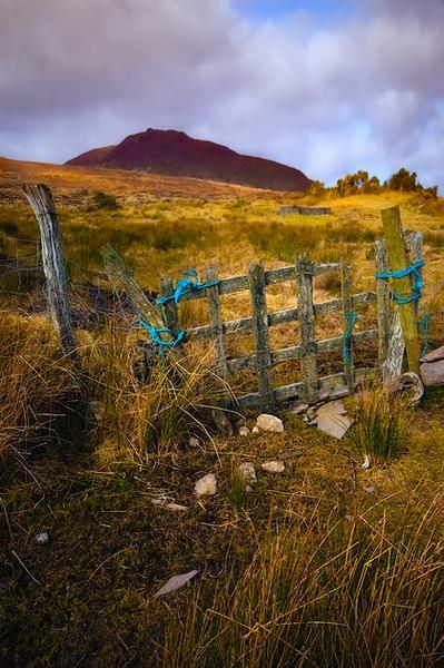 Letterkeeghaun Hills by chazcherry