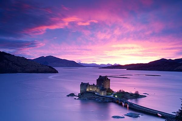 Eilean Donan Castle by watters66