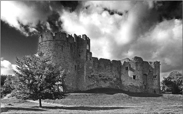 Chepstow Castle II by rockfish