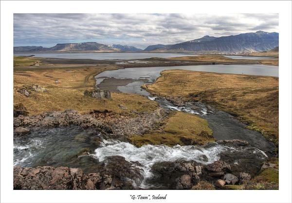 Icelandic Scenery by Jalapeno