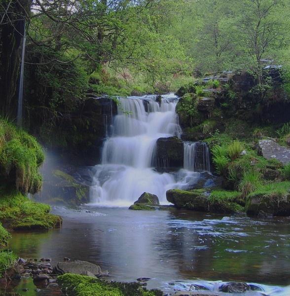 Waterfall by Ianto74