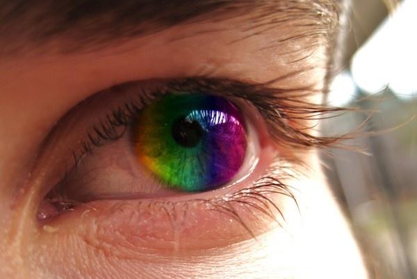 Rainbow eye by Angeleenlouise