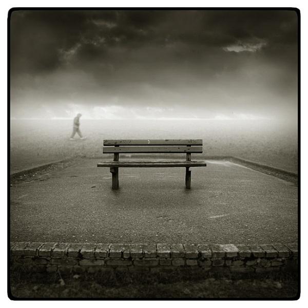 bench by Giedrojc