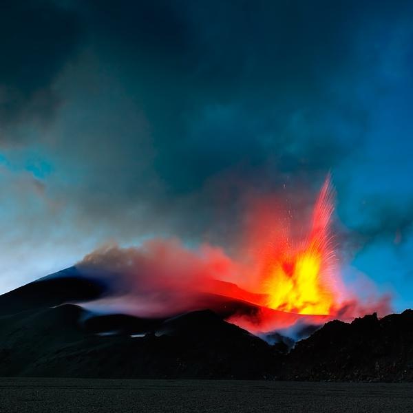 Mountain Fire by Hugeknot