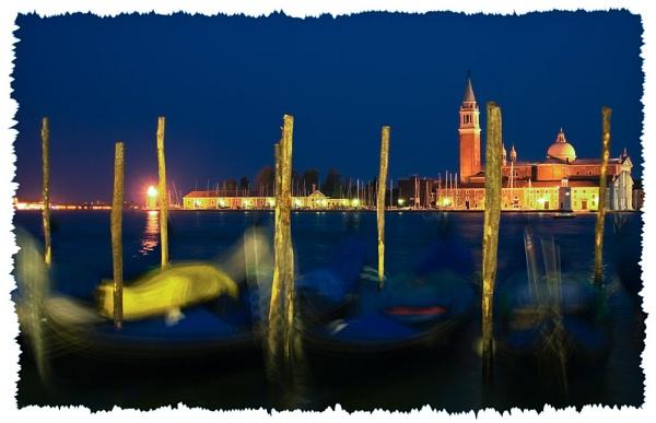 San Giorgio by Night by suemason