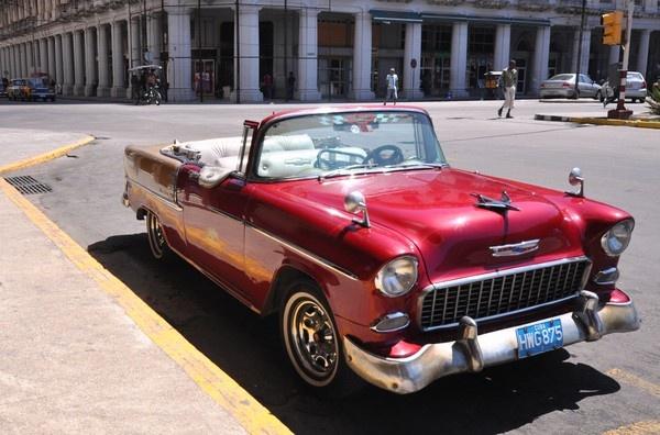 Cevrolet in Cuba by Wallybazoom