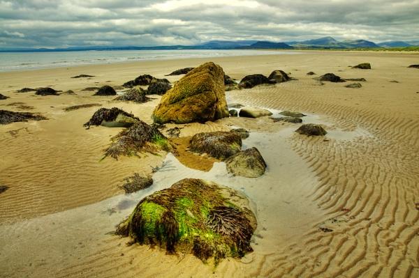 Harlech Beach by edjbartos