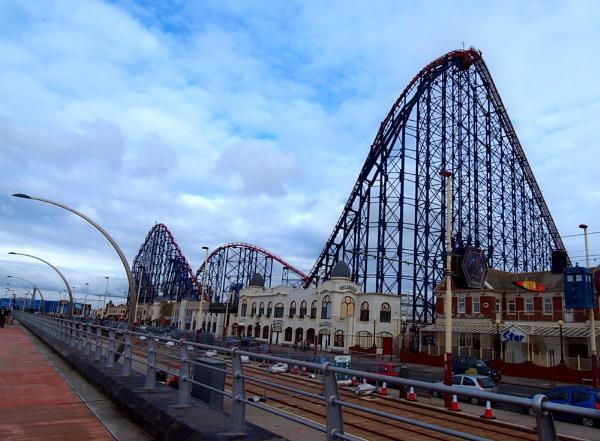 Full Length Blackpool Big One by chensuriashi