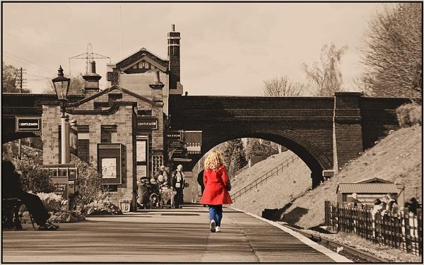 Station Catwalk by Moj_o