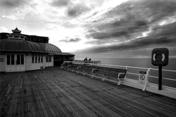 Cromer Pier by Nigeyboy