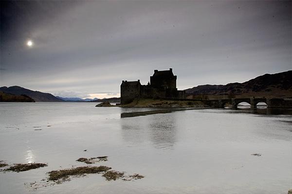 eilen donan castle by geosami