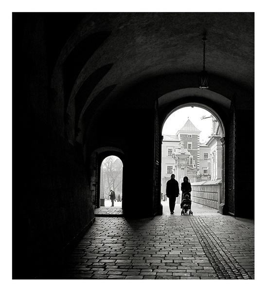Krakow Mono by philsmed
