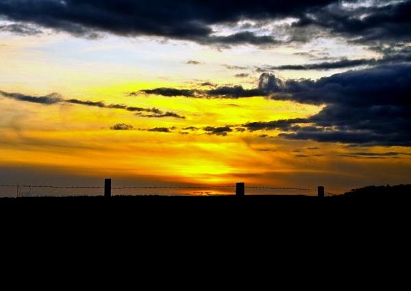 Easter Sunset by makamgirl