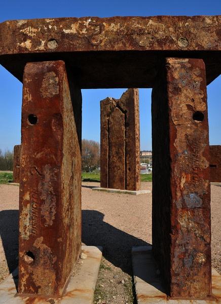 Steelhenge by St_Fuagowi
