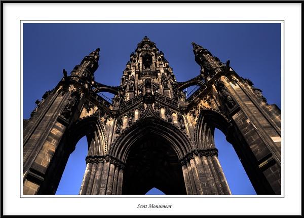 Edinburgh by Adrian_Reynolds