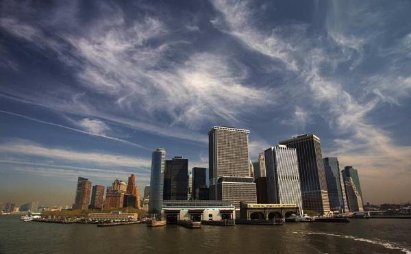 Sky over Manhattan by James_G
