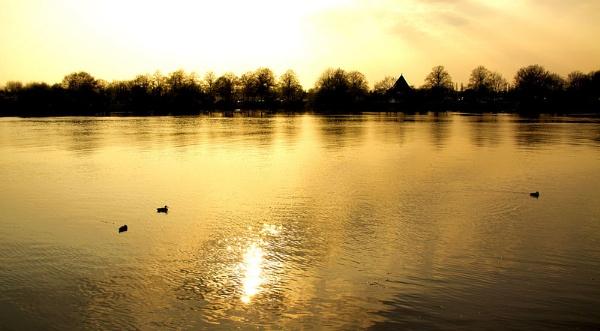 Thames by jonathanbp