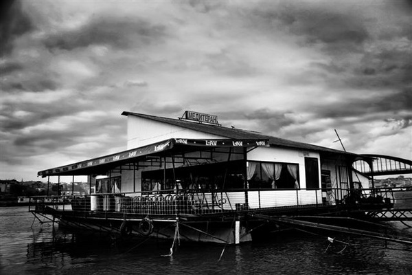 House Boat by TomHarper