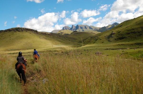 Drakensberg by doolittle