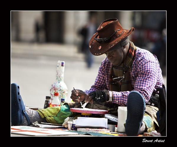 Street Artist by fran_weaver