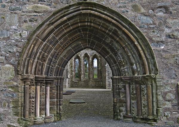 Grey Abbey Entrance by Porthos